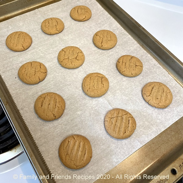 Traditional Peanut Butter Cookies